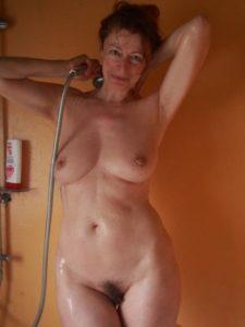 Je fais photo de cougar nue